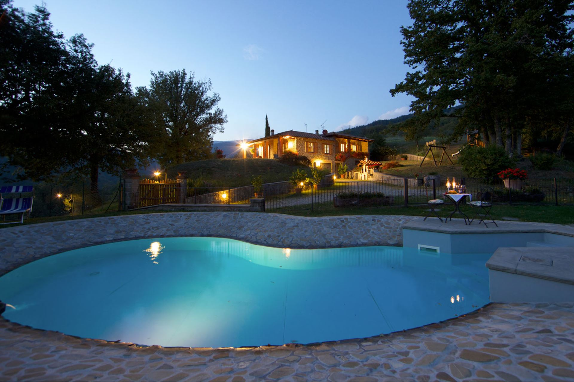 VILLAS WITH POOL LA CASA DI PETER STIA TOSCANA