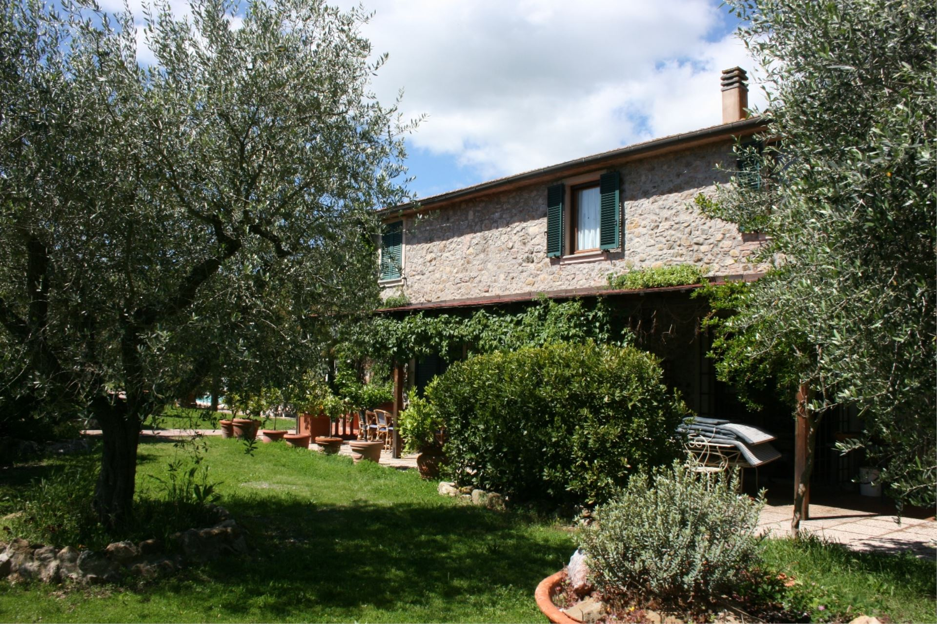 APARTMENTS WITH POOL IL CICLAMINO CAMPAGNATICO TOSCANA