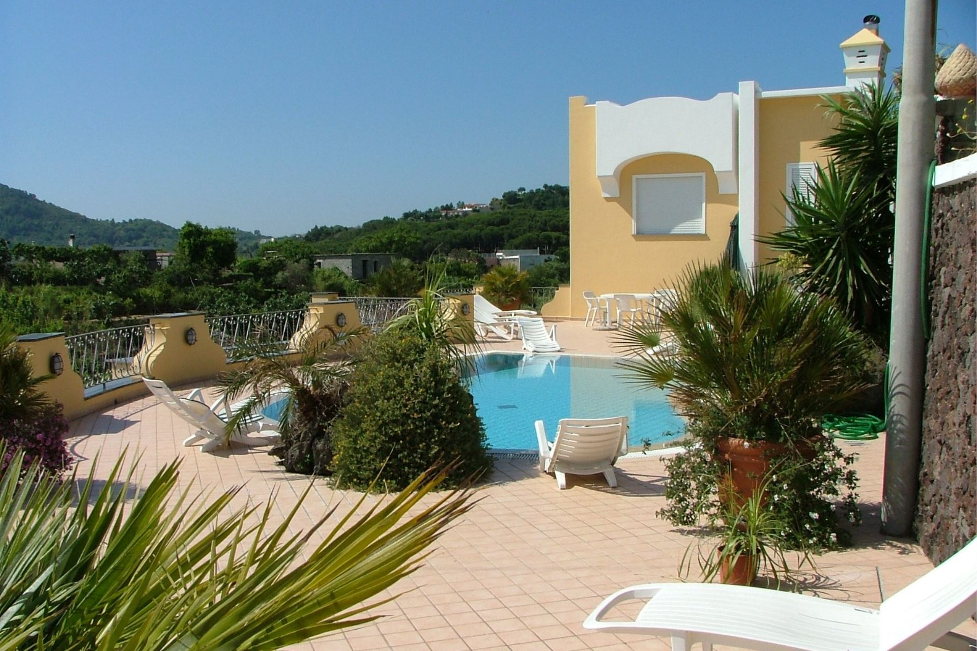 APARTMENTS WITH POOL CITARA BARANO D'ISCHIA CAMPANIA