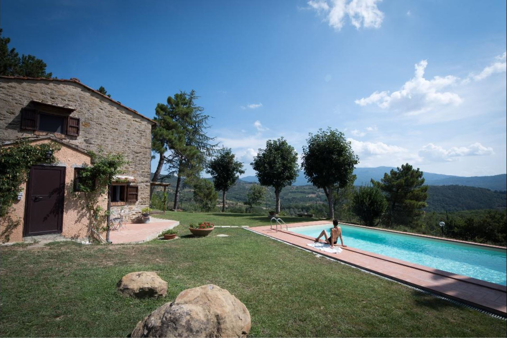 villa 2 bedrooms sleep 6 private pool tuscany poggio alla capanna