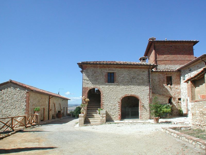 APARTMENTS WITH POOL COSTANZA ASCIANO TOSCANA