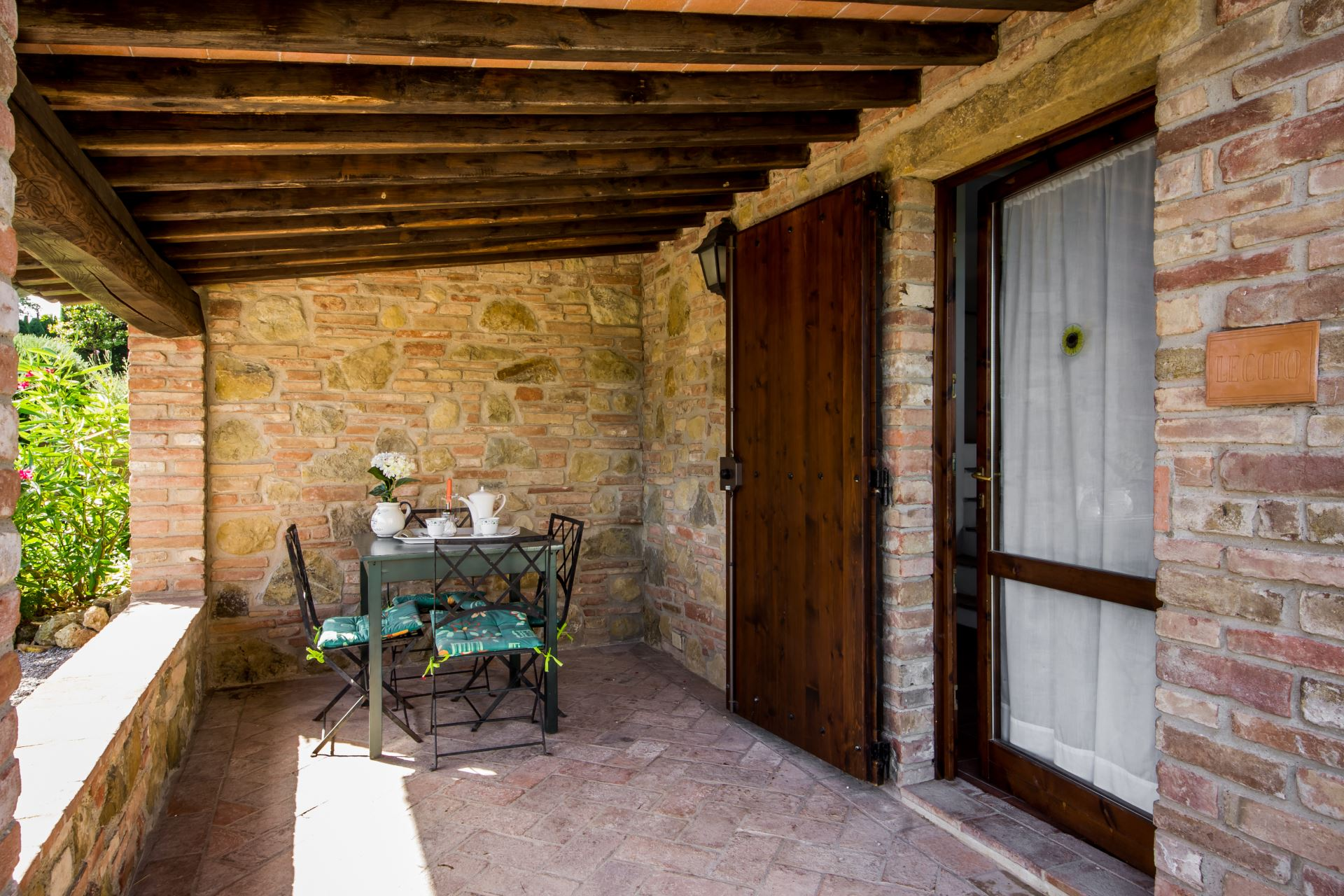 APARTMENTS WITH POOL PANFILO GAMBASSI TERME TOSCANA
