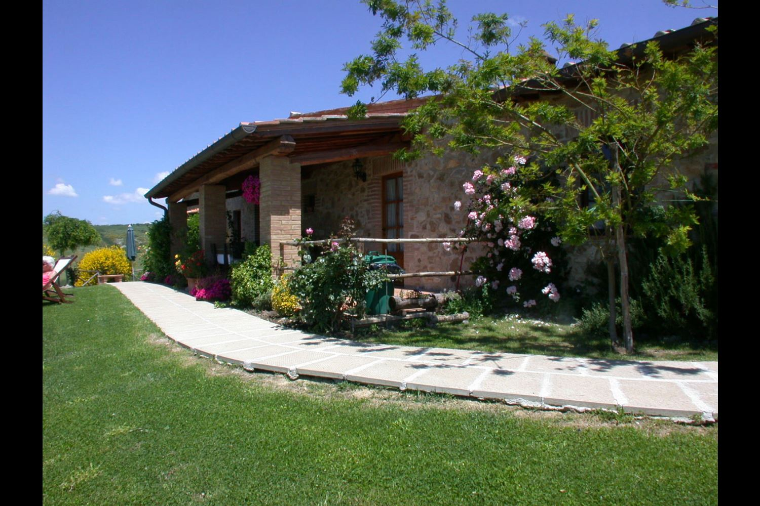 APARTMENTS WITH POOL PONENTE SAN QUIRICO D'ORCIA TOSCANA